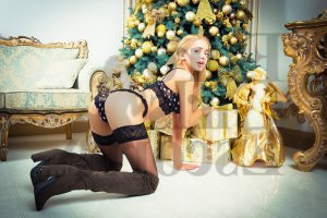 Marie-charline tantra massage in Geneva